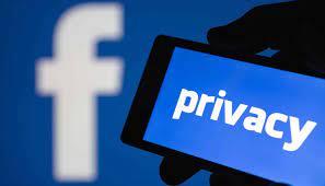 """Facebook """"lại"""" làm rò rỉ thông tin của hơn 500 triệu người dùng"""