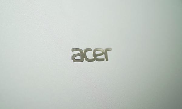 logo acer ma crom sang bong tren acer swift 3